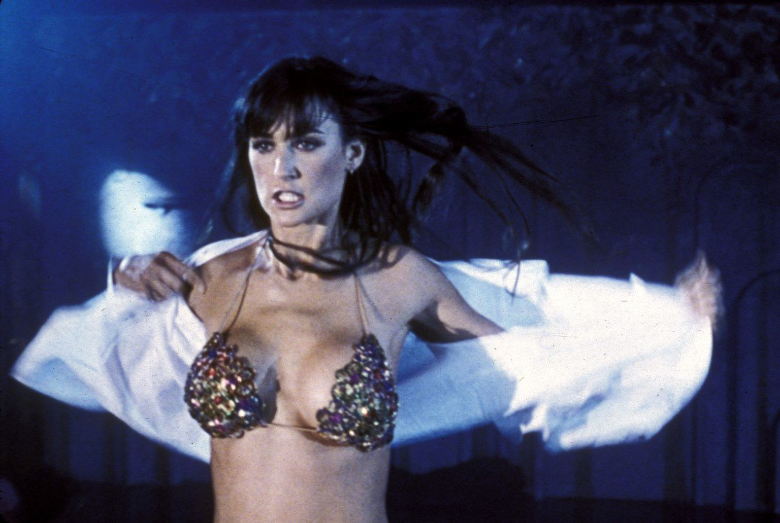 Download photo sexy demi moore striptease hot nude scenes nude scenes