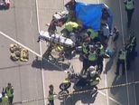 Automobilom se zabio u pješake (Video: APTN)