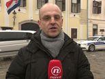 Mislav Bago ispre Banskih dvora (Foto: Dnevnik.hr)