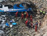 Bus sletio s litice, najmanje 48 ljudi poginulo (Foto: AFP) - 2