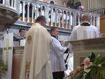 Trenutak imenovanja mons. Tomislava Rogića novim šibenskim biskupom (Video: Dnevnik.hr)