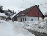 Snijeg koji se topi za sobom povlači i krovove (Foto: Marko Balen) - 1