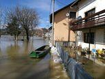 Poplave u Hrvatskoj Kostajnici (Foto: Dino Goleš/dnevnik.hr) - 1