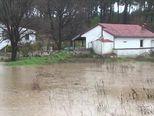 Odron i poplavljeni podrumi u Posedarju (Video: Dnevnik Nove TV)
