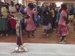 Ples zbog zvona (Video: Dnevnik.hr)