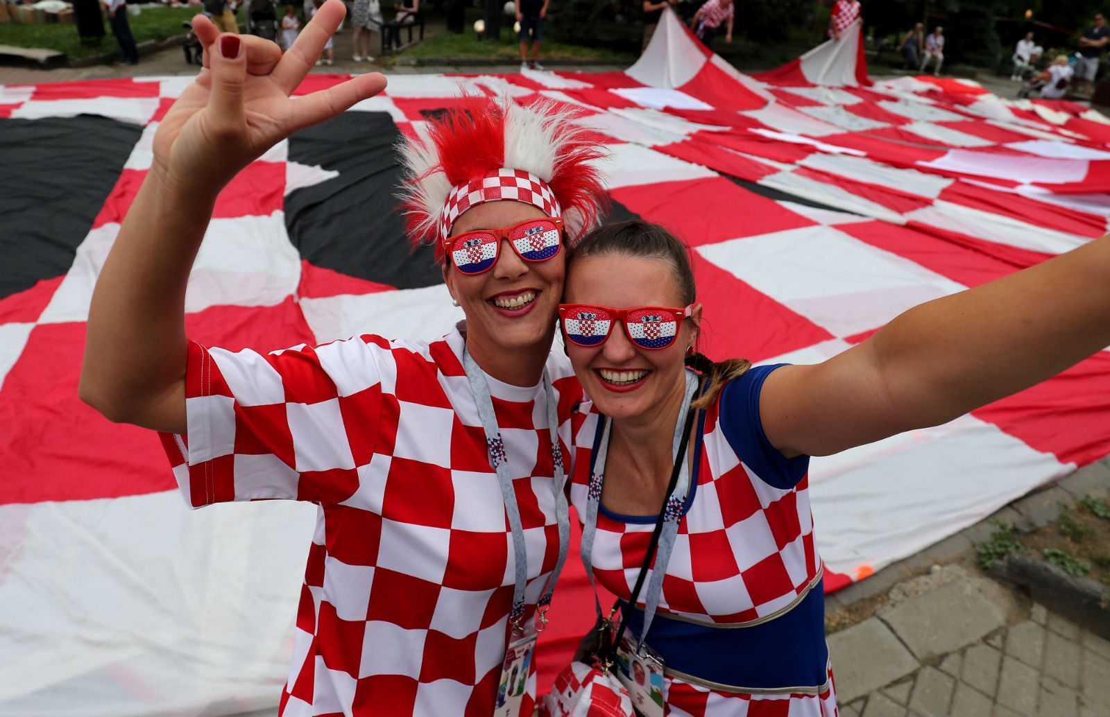 Hrvatska navijačka zastava i ruska krojačica priredili pravi spektakl u Nižnjem Novgorodu 4