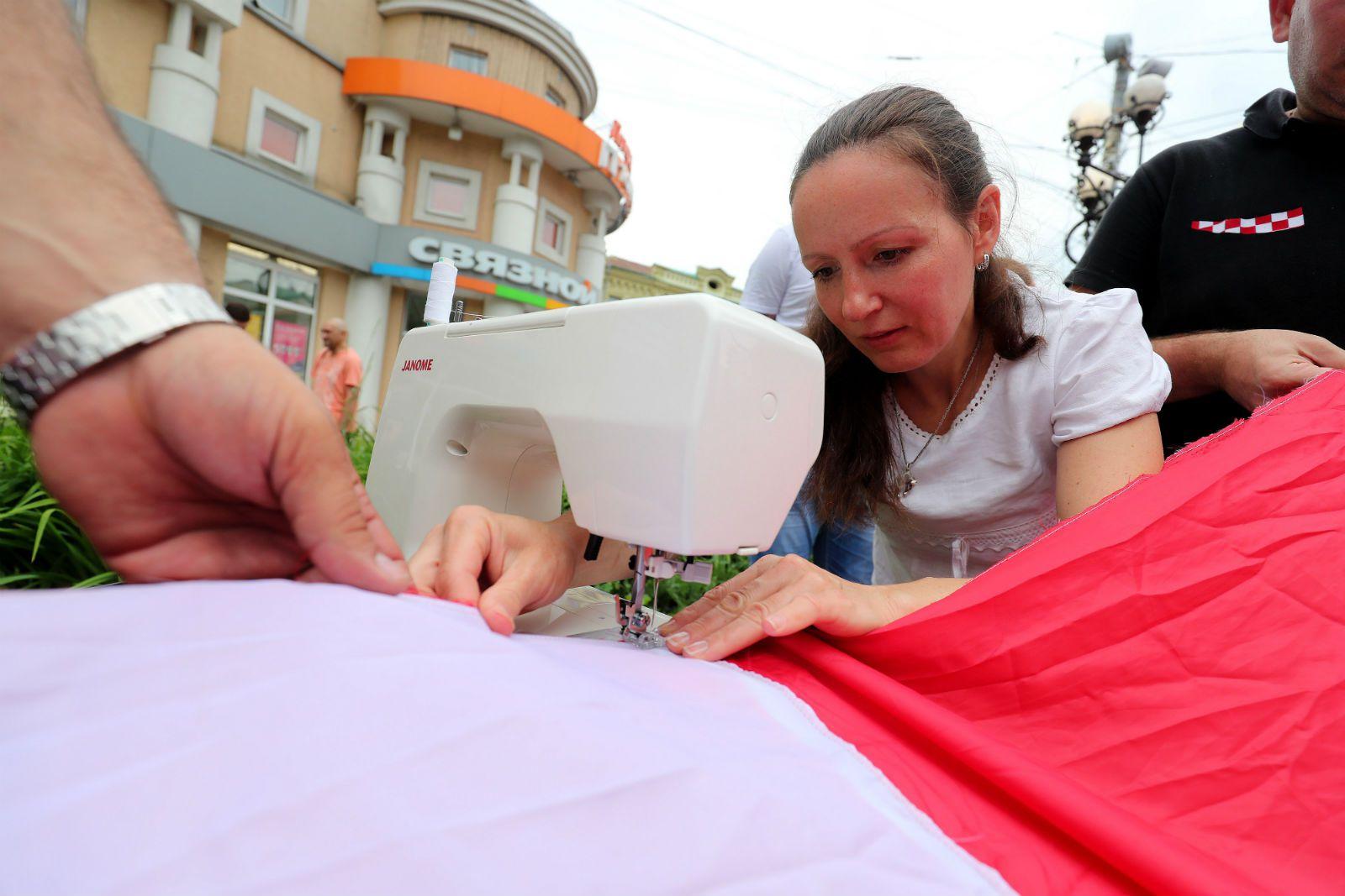 Hrvatska navijačka zastava i ruska krojačica priredili pravi spektakl u Nižnjem Novgorodu 6