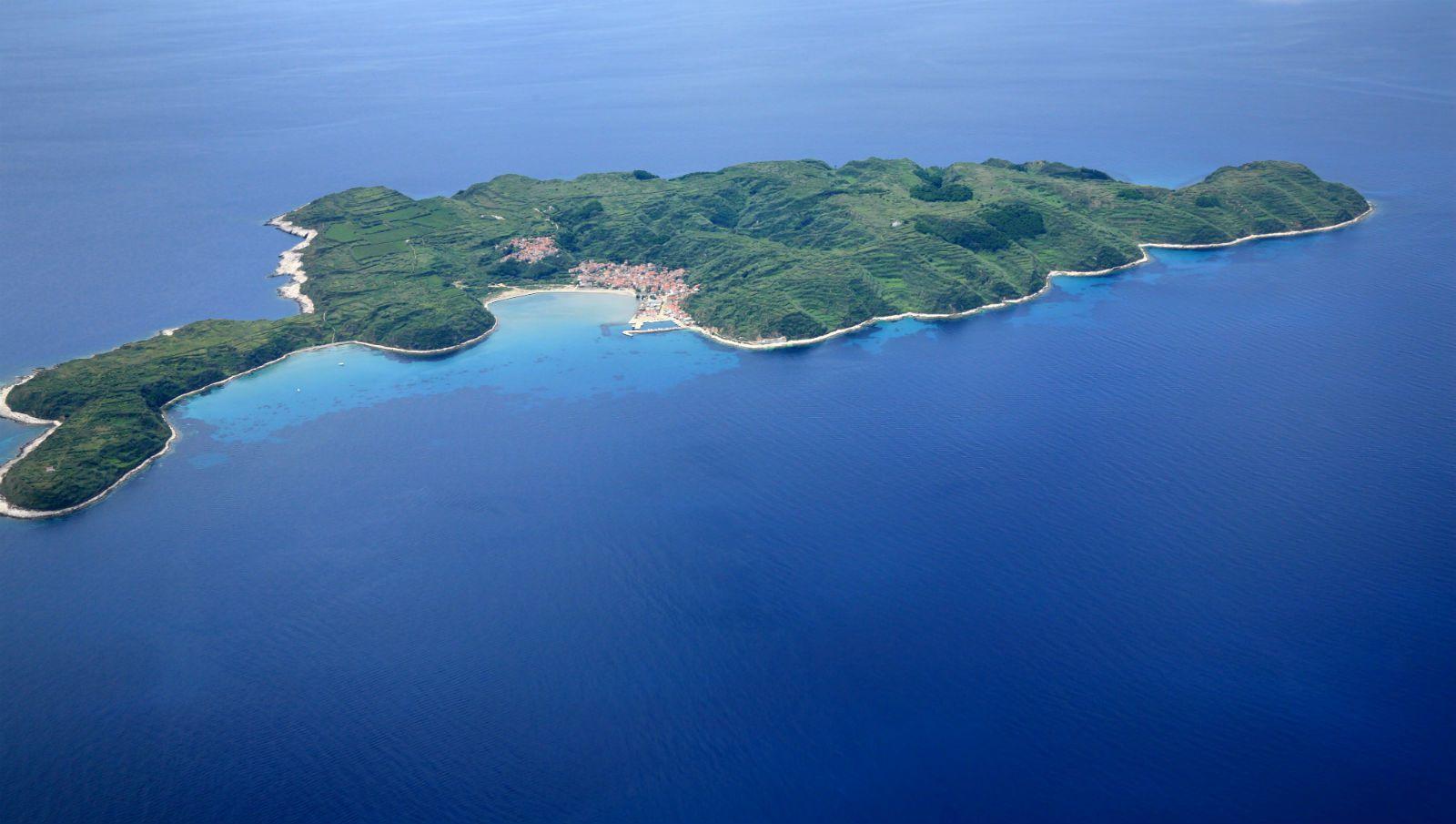 susak island