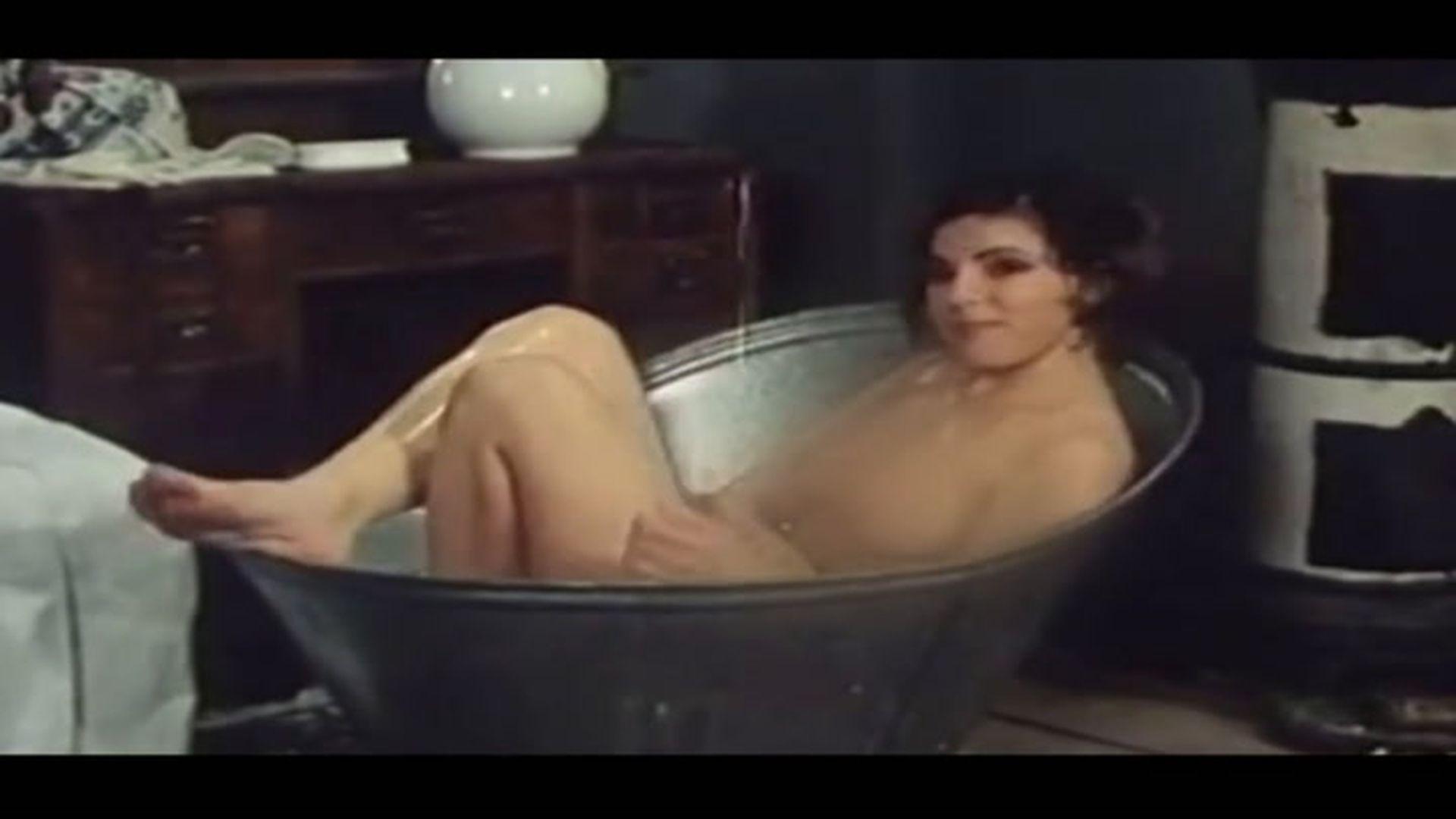 Glumice slike gole PROCURILE GOLE