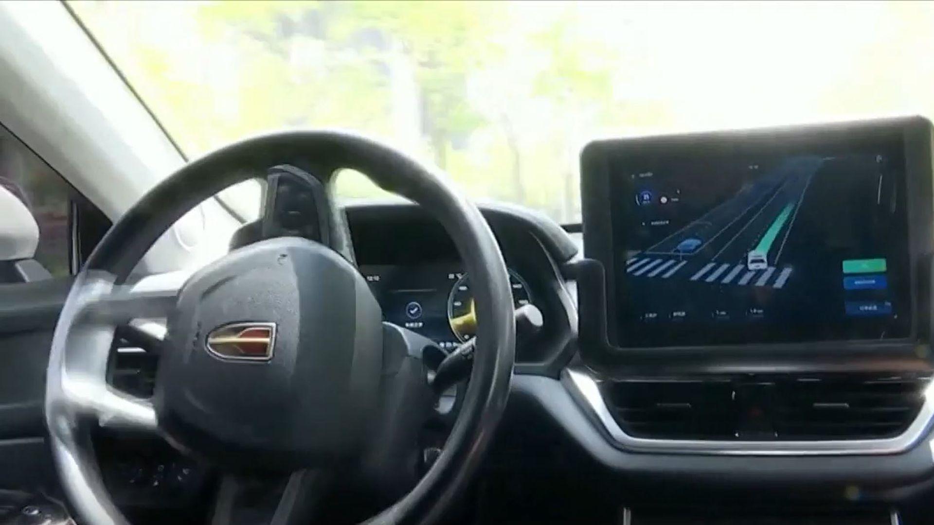 """VIDEO Kako izgleda taksi bez vozača: """"Ljudi imaju emocije, roboti nemaju.  Oni se neće uzrujati''"""