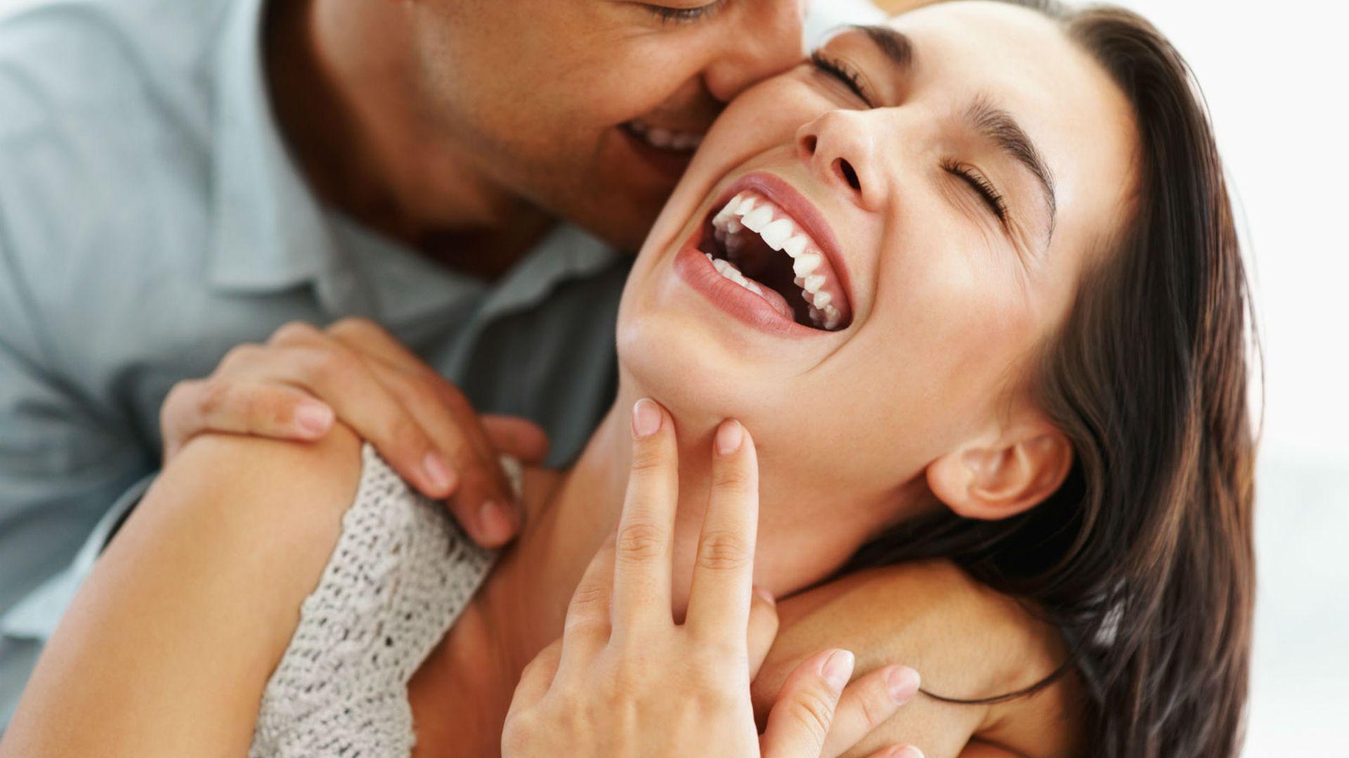 Flertovanje i sve što trebaš znati o flertu s drugom osobom