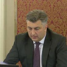 Trenutak koji je uzdrmao Hrvatsku, Andrej Plenković najavio razrješenje tri Mostova ministra (Video: Dnevnik.hr)