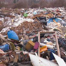 Priča o deponiju na zagrebačkoj Savici se nastavlja (Foto: Dnevnik.hr) - 8