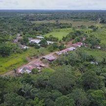 Selo u Kolumbiji svaki mjesec proizvede 100 kg kokaina (Foto: screenshot/APTN) - 4