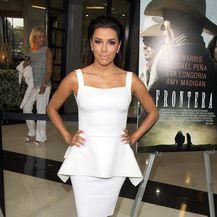 Eva Longoria u bijelim haljinama - 1