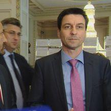 Plenković uletio dvojcu iz HRAST-a (Foto: Dnevnik.hr)