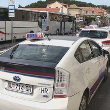 Dubrovački taksisti su nezadovoljni (Foto: Dnevnik.hr) - 1