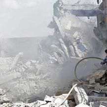 Uništena sirijska postrojenja (Foto: AFP) - 1