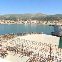 Dnevnik na otocima: Apartmanizacija Čiova i prometni kaos (Foto: Dnevnik.hr) - 3