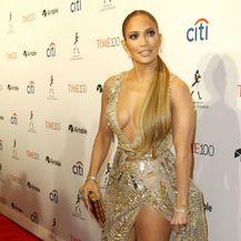 Jennifer Lopez u drskoj haljini dizajnera Zuhaira Murada - 1