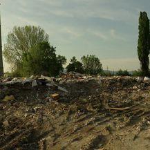 Građani su bijesni jer divlji deponiji još uvijek nije saniran (Video: Provjereno)