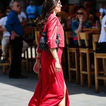 Brineta s Cvjetnog trga u Ferragamo tenisicama