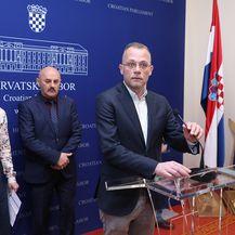 Bruna Esih, Zlatko hasanbegović i Karlo Starčević (Foto: Patrik Macek/PIXSELL)