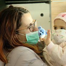 Malena Mila pozdravlja sve prije odlaska za SAD (Foto: DNEVNIK.hr)