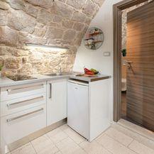 Stan u vinskom podrumu u Splitu - 1
