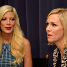 Jennie Garth i Tori Spelling (Foto: Getty Images)