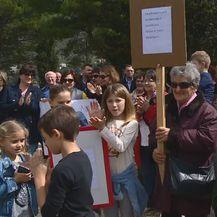 Prosvjed u Zatonu (Foto: Dnevnik.hr) - 1