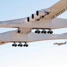 Najveći zrakoplov uspješno završio prvi let (Foto: AFP) - 3