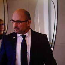 Kaznena djela protiv računalnih sustava, programa i podataka u aferi SMS (Video: Vijesti u 17h)
