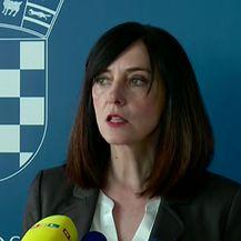 Ministrica Divjak o najavljenim skupljim školarinama (Video: Dnevnik.hr)