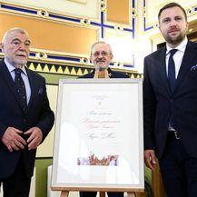 Stjepan Mesić ipak primio nagradu Počasnog građanina Sarajeva (Foto: Armin Durgut/PIXSELL)