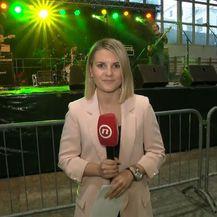 Katarina Jusić prati pripreme za koncert za radnike Uljanika (Foto: Dnevnik.hr)