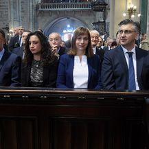 Misno slavlje u katedrali (Foto: Marko Lukunic/PIXSELL)