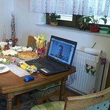 Obitelj Kajinić za stolom (Foto: Dnevnik.hr)