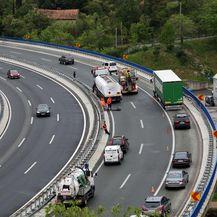 Izbjegnuta tragedija na vijaduktu Svilno (Video: Goran Kovacic/PIXSELL)