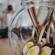 Brza i jednostavna čokoladna jaja na oko u žlici - 6