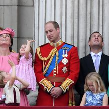 Prinčevi Philip i William s Kate Middleton