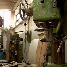 Radnik tvrtke Inoxmont-VS