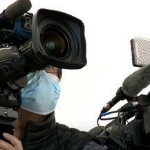 Kamere uhvatile Beroša i Božinovića u razgovoru o premijeru - 2