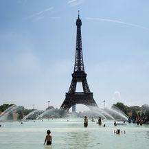 Eiffelov toranj (Foto: AFP)