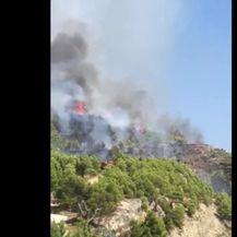 Požar kod Omiša (VIDEO: Čitatelj)