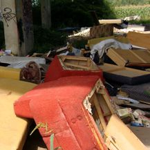 Gradonačelnik pojeo smeće (Foto: Dnevnik.hr) - 4
