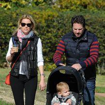 Elizabeth i Max sa sinčićem Felixom
