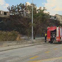 Buknuo je požar na Splitskom Žnjanu (Foto: Dnevnik.hr) - 4