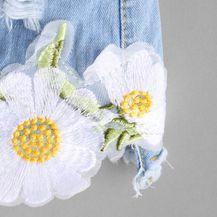 SheIn traperice s cvjetnim aplikacijama