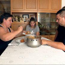 Obitelj radnika Uljanika (Foto: Dnevnik.hr)